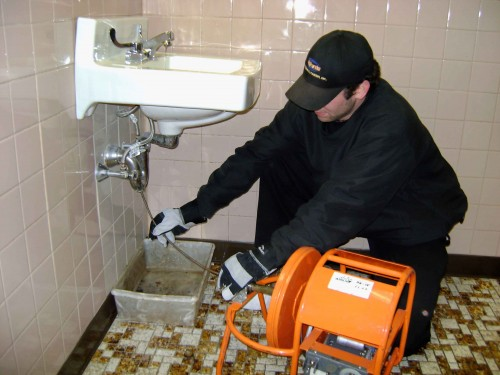 Residential drain cleaning and rooter services in Irvine performed by professional, neighborhood plumbers.