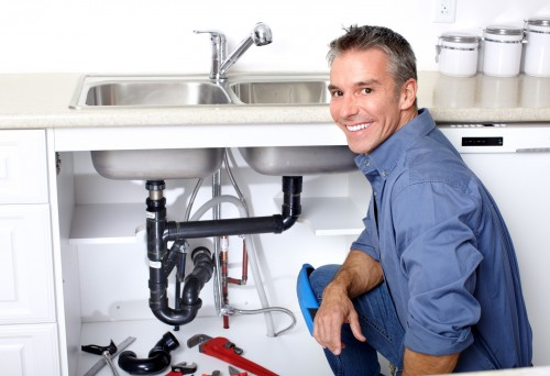 Faucet repair for Irvine, CA, homes today by qualified local plumbers.